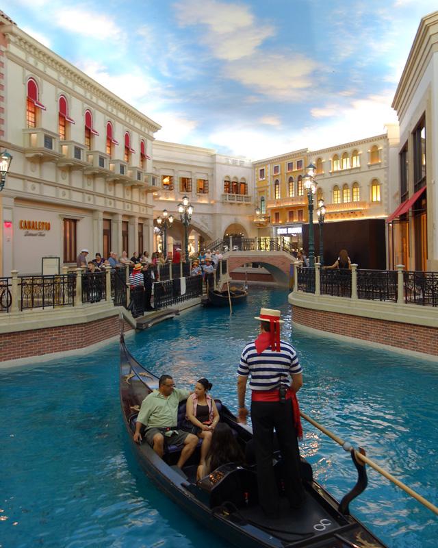 Indoor gondola, shops level, Venetian Hotel